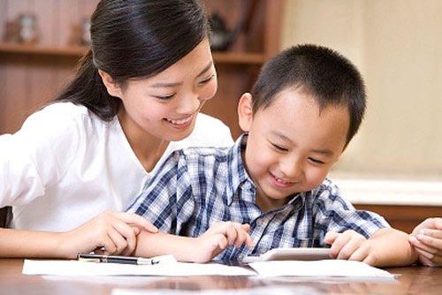 Gia sư lớp 3 vui vẻ, ân cần mới dễ tiếp cận trẻ