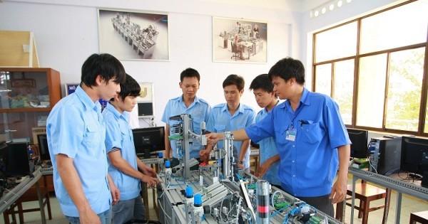Nhiều cơ hội việc làm cho sinh viên ngành điện tử