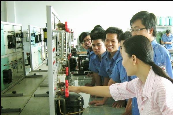 Học kỹ thuật điện, điện tử ra trường làm việc gì? 1
