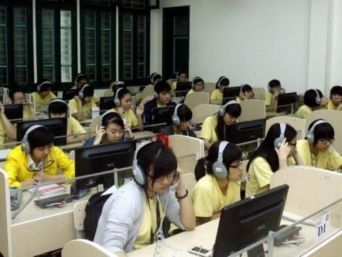 Giáo dục điện tử đang được ứng dụng phổ hiến ở tất cả các bậc học