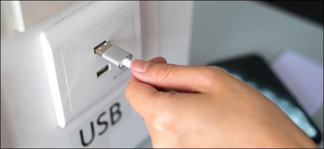 Mẹo tăng cường độ dòng điện cho cổng USB khi sạc điện thoại
